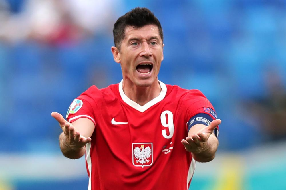 San Pietroburgo (Russia) 23/06/2021 - Euro 2020 / Svezia-Polonia / foto Uefa/Image Sport nella foto: Robert Lewandowski