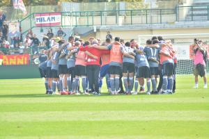 Alessandria, Serie B, 2021/2022, Alessandria-Cosenza 1-0, giocata allo stadio Giuseppe Moccagatta, nella foto: i giocatori dell'Alessandria in cerchio a fine gara